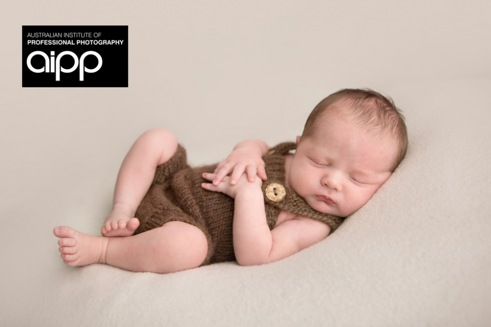 aipp-professional-photographer-newborn-brisbane(pp_w980_h653)