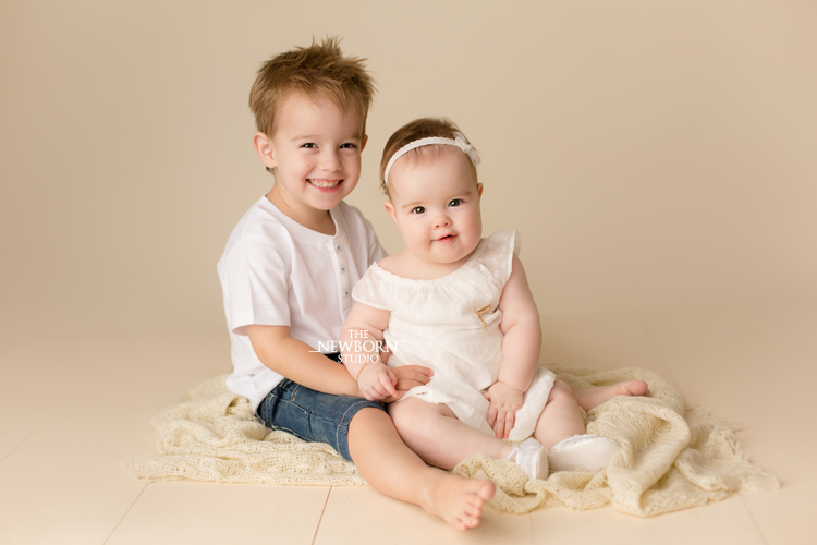 baby newborn brother sister photography brisbane