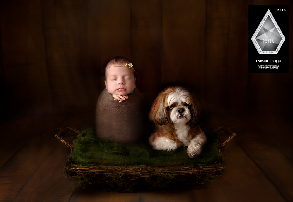 Elsa-newborn-photographer-award