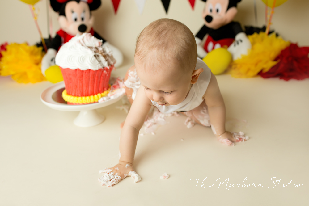 mickey mouse cake smash brisbane