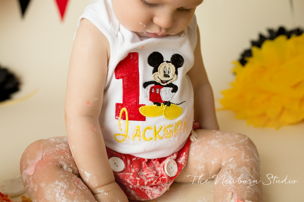 red yellow mickey mouse cake smash