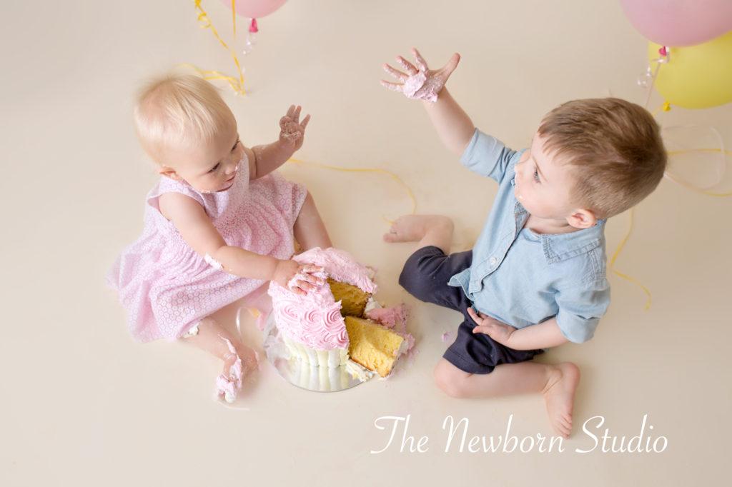 1 year cake smash siblings