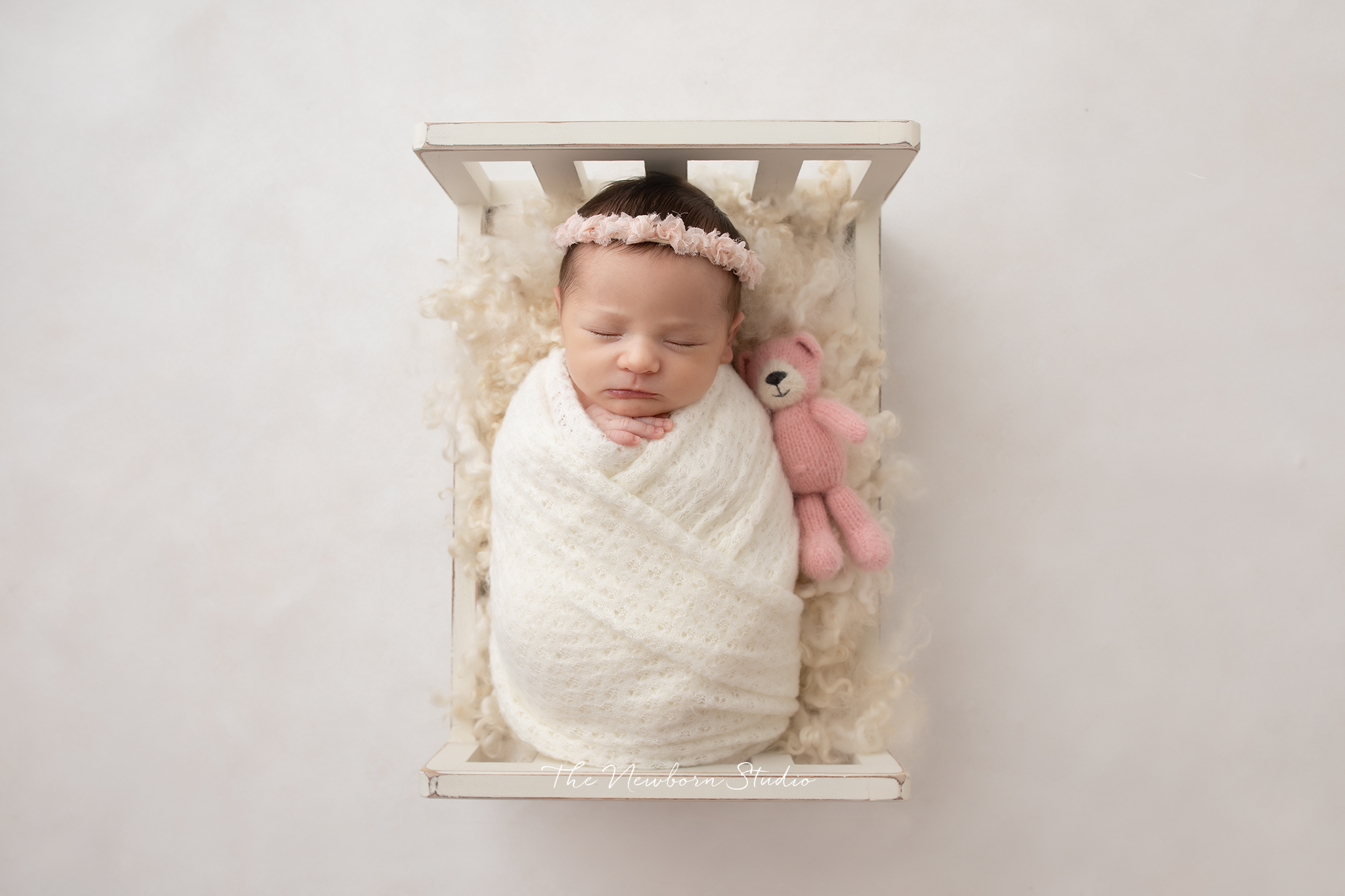 newborn baby girl bed