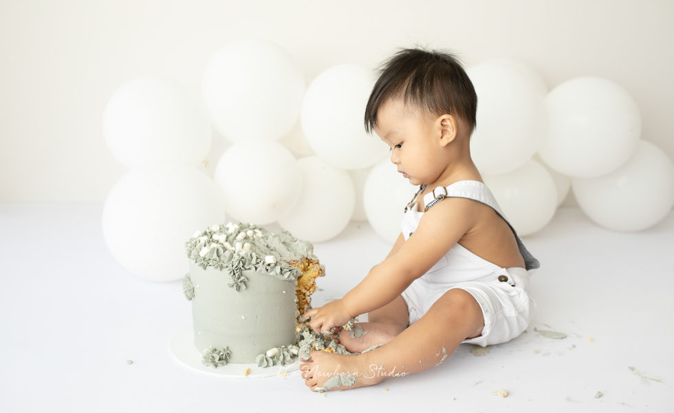 whats involved in a cake smash session