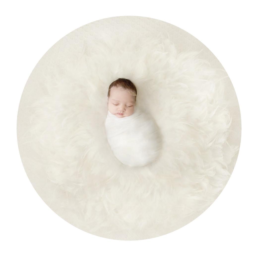 baby newborn girl feather studio